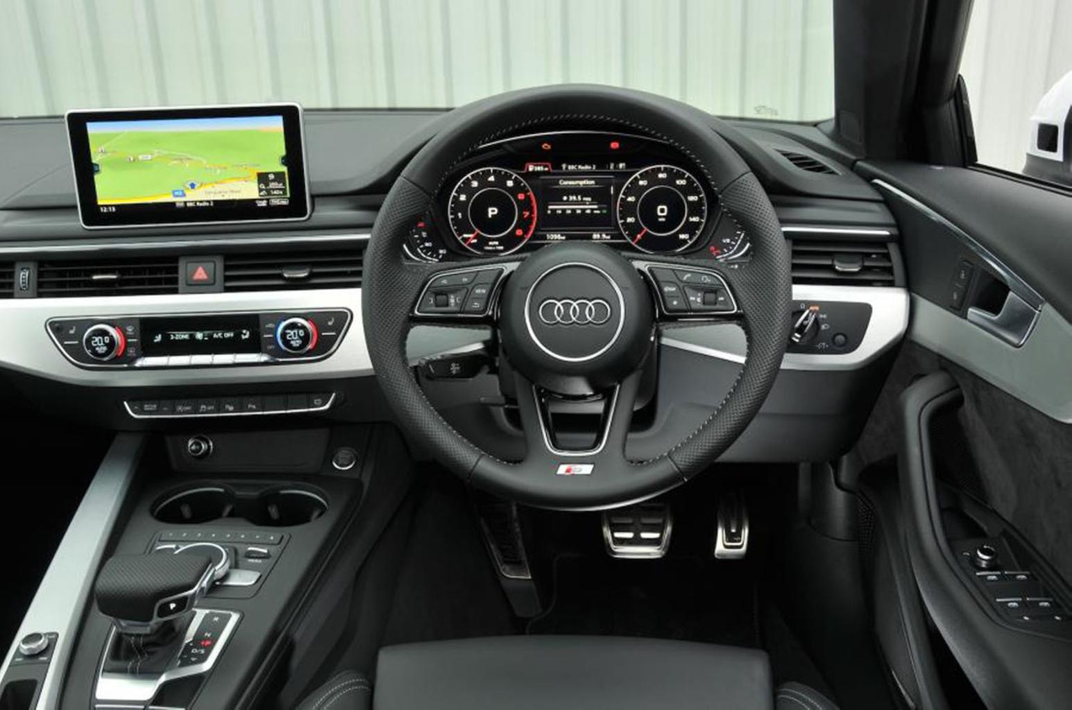 Audi A4 Avant - interior