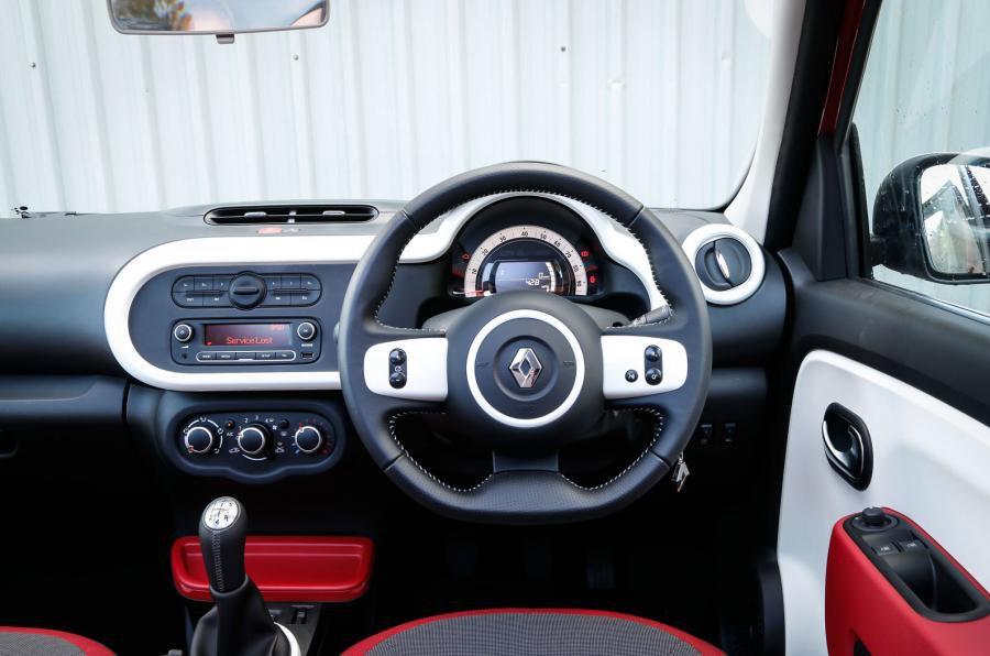 Renault Twingo - interior