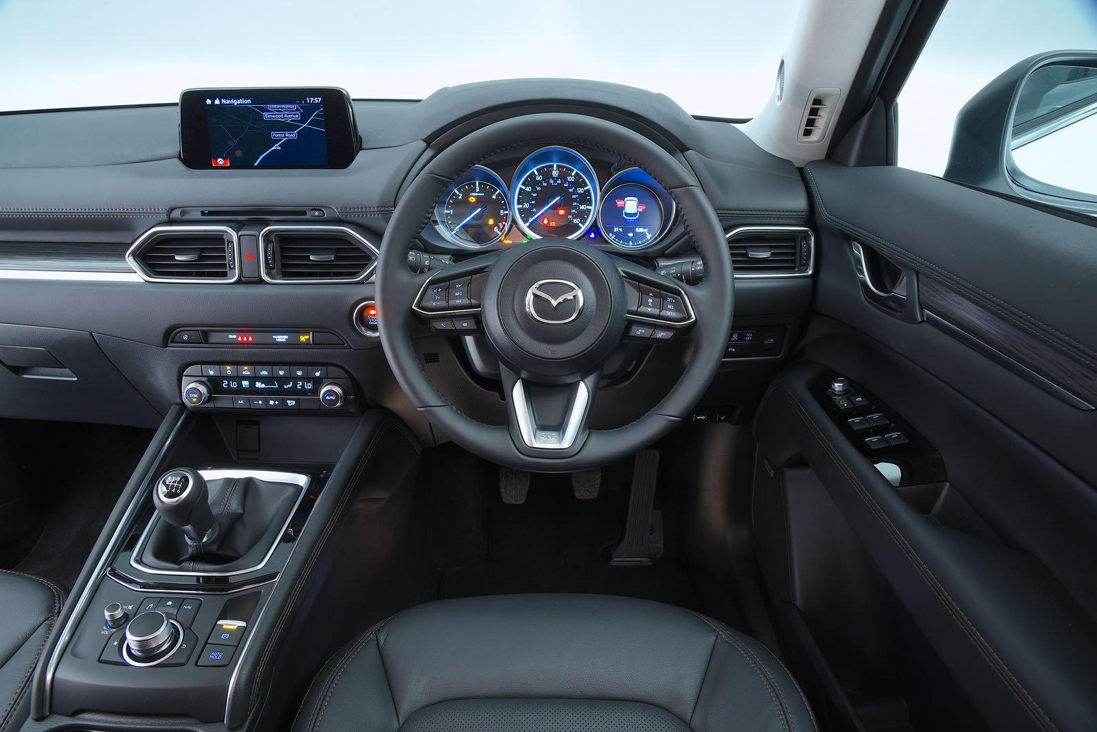 Mazda CX-5 2.2d SE-L Nav+ - interior
