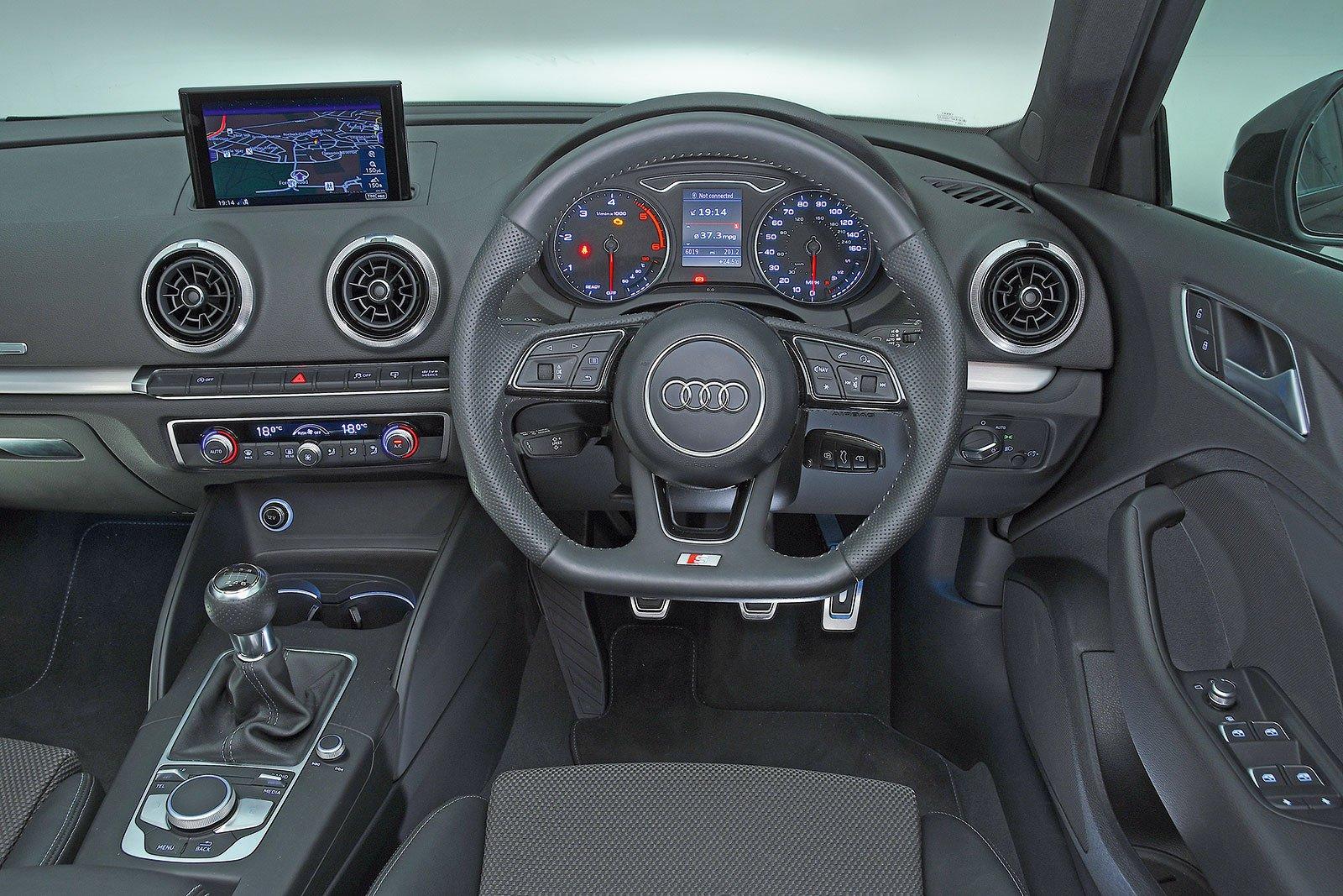 Audi A3 Sportback (2013-present) - interior