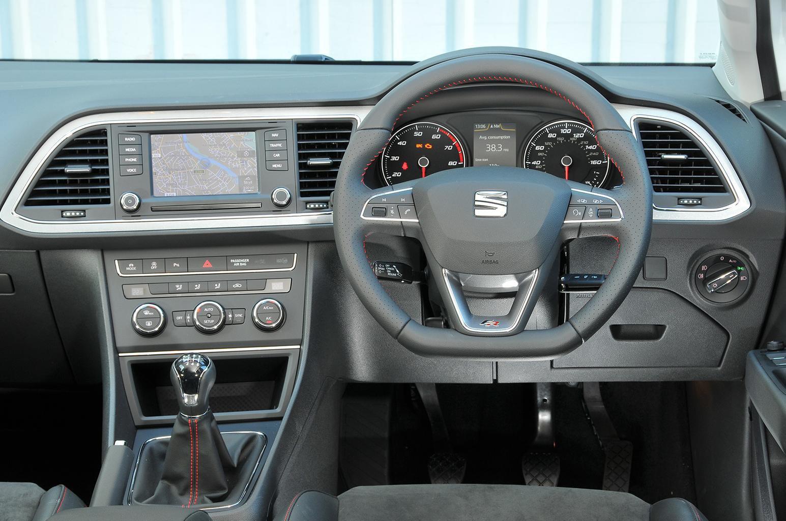 Seat Leon ST - interior