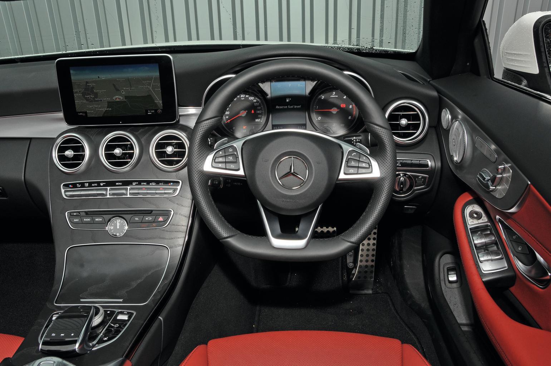 Mercedes-Benz C-Class Cabriolet - interior