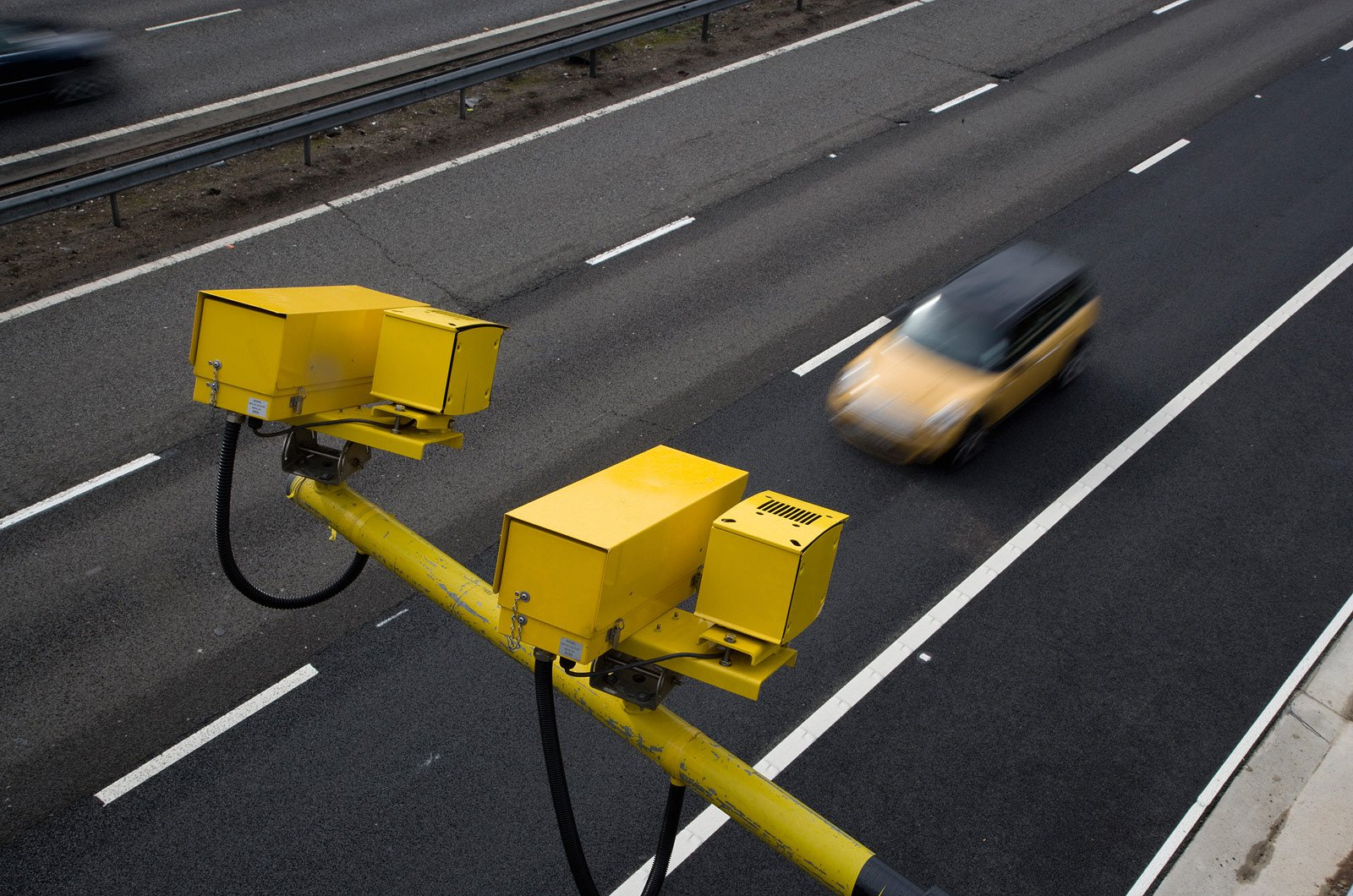 Average speed cameras above motorway