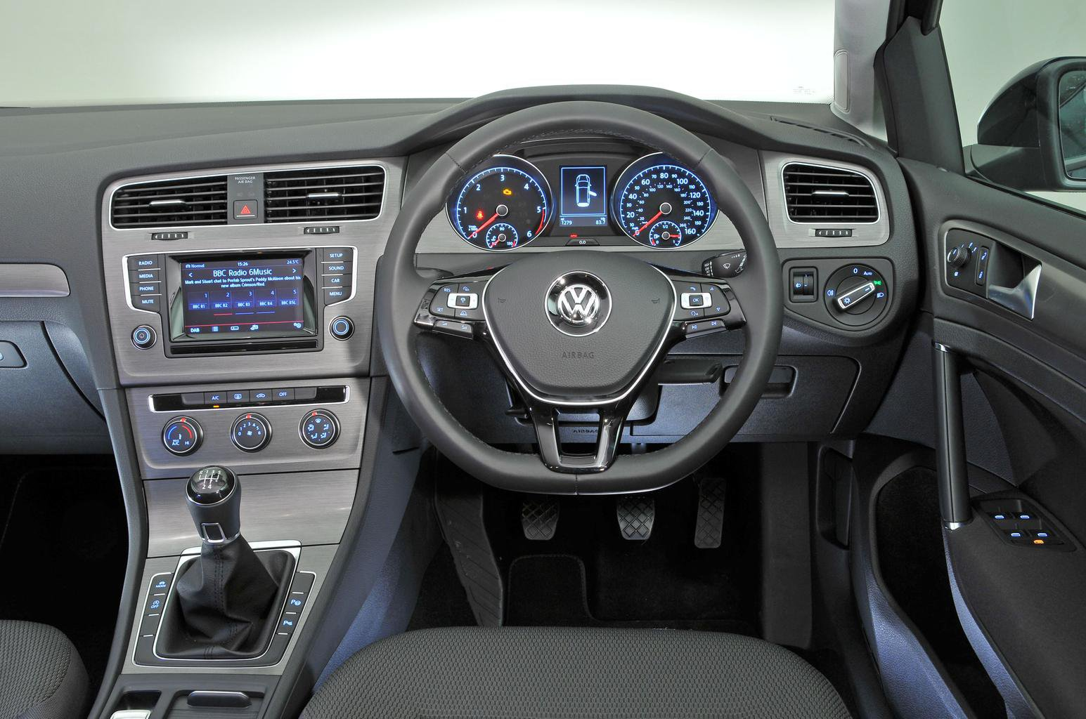 Volkswagen Golf Estate - interior