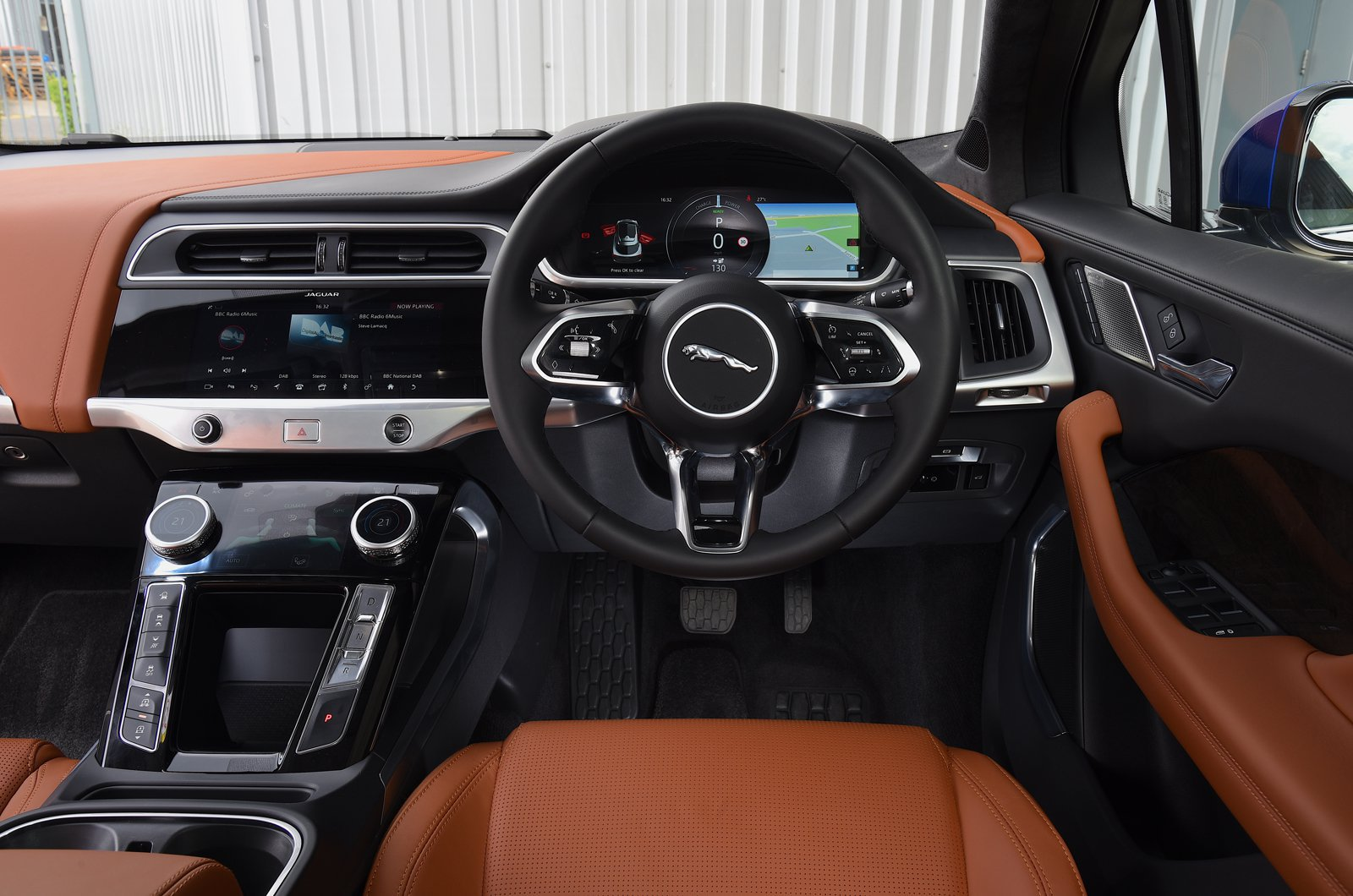 2018 Jaguar I-Pace - interior