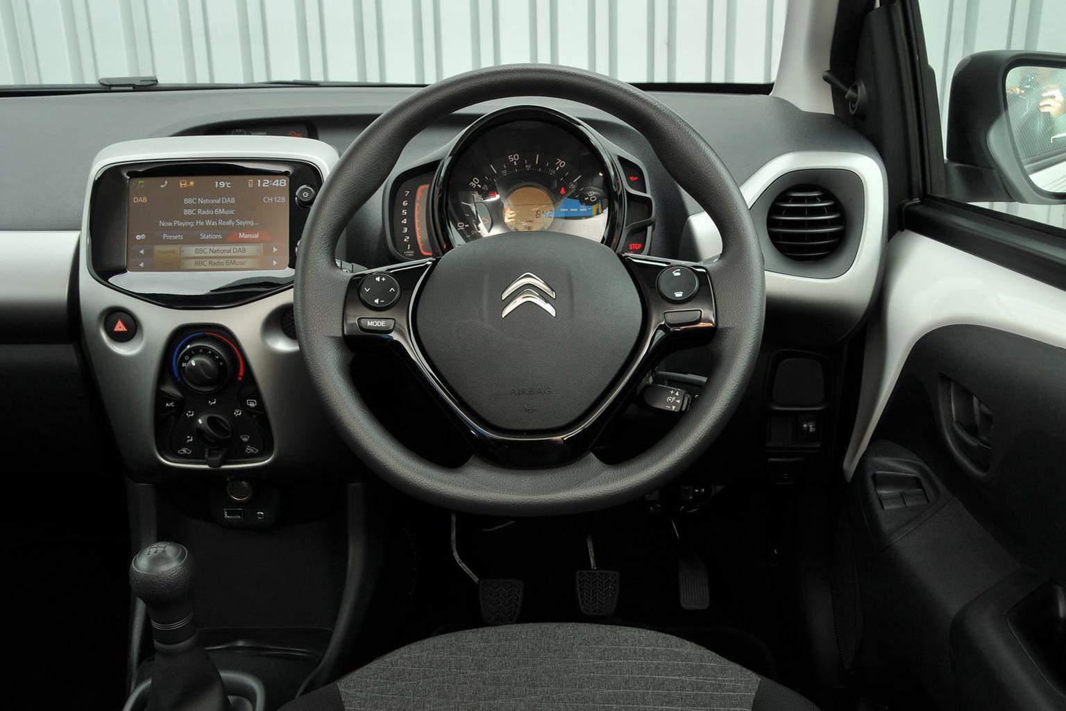 Citroën C1 - interior