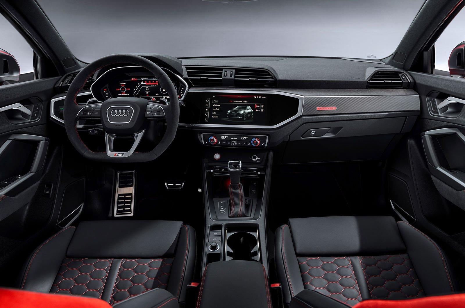 2019 Audi RS Q3 interior