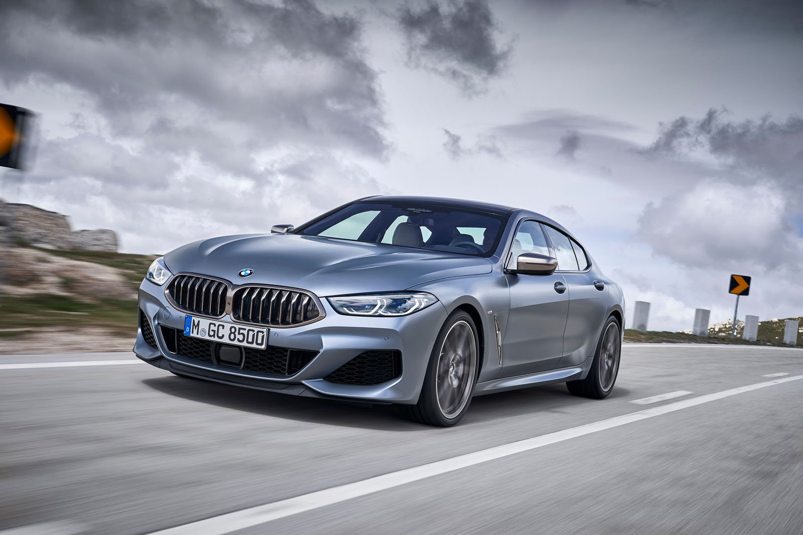 8 Series Gran Coupé 2019 left tracking shot