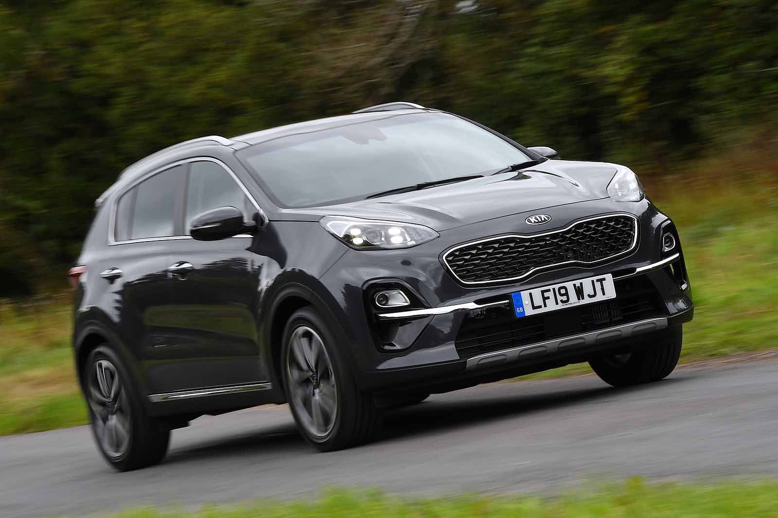 Kia Sportage 2019 RHD front right cornering