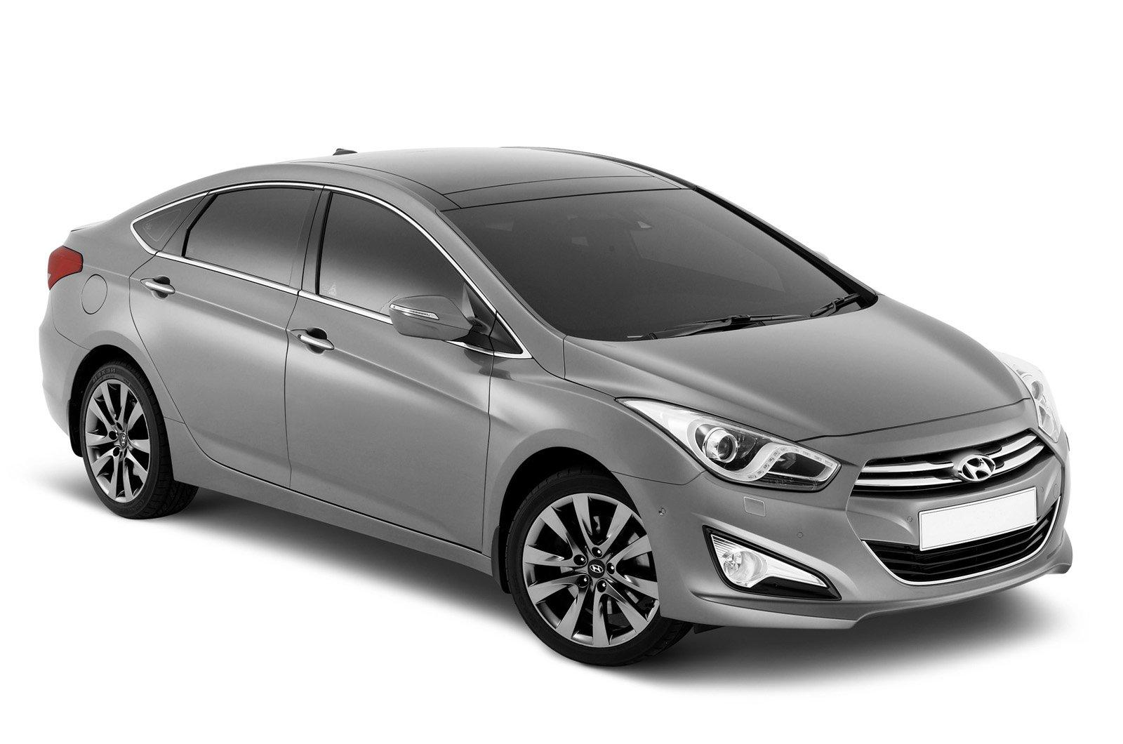 Hyundai i40 saloon studio front