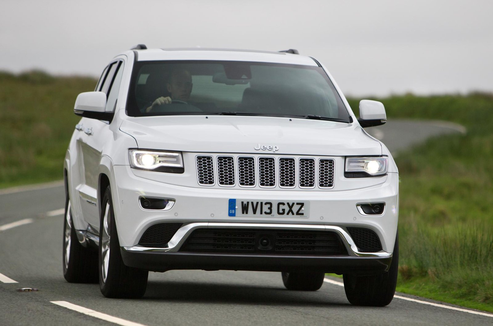 Jeep Grand Cherokee nose
