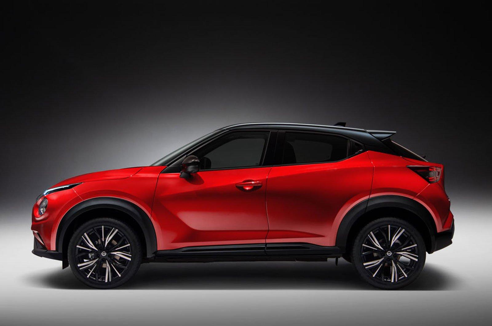 2020 Nissan Juke side