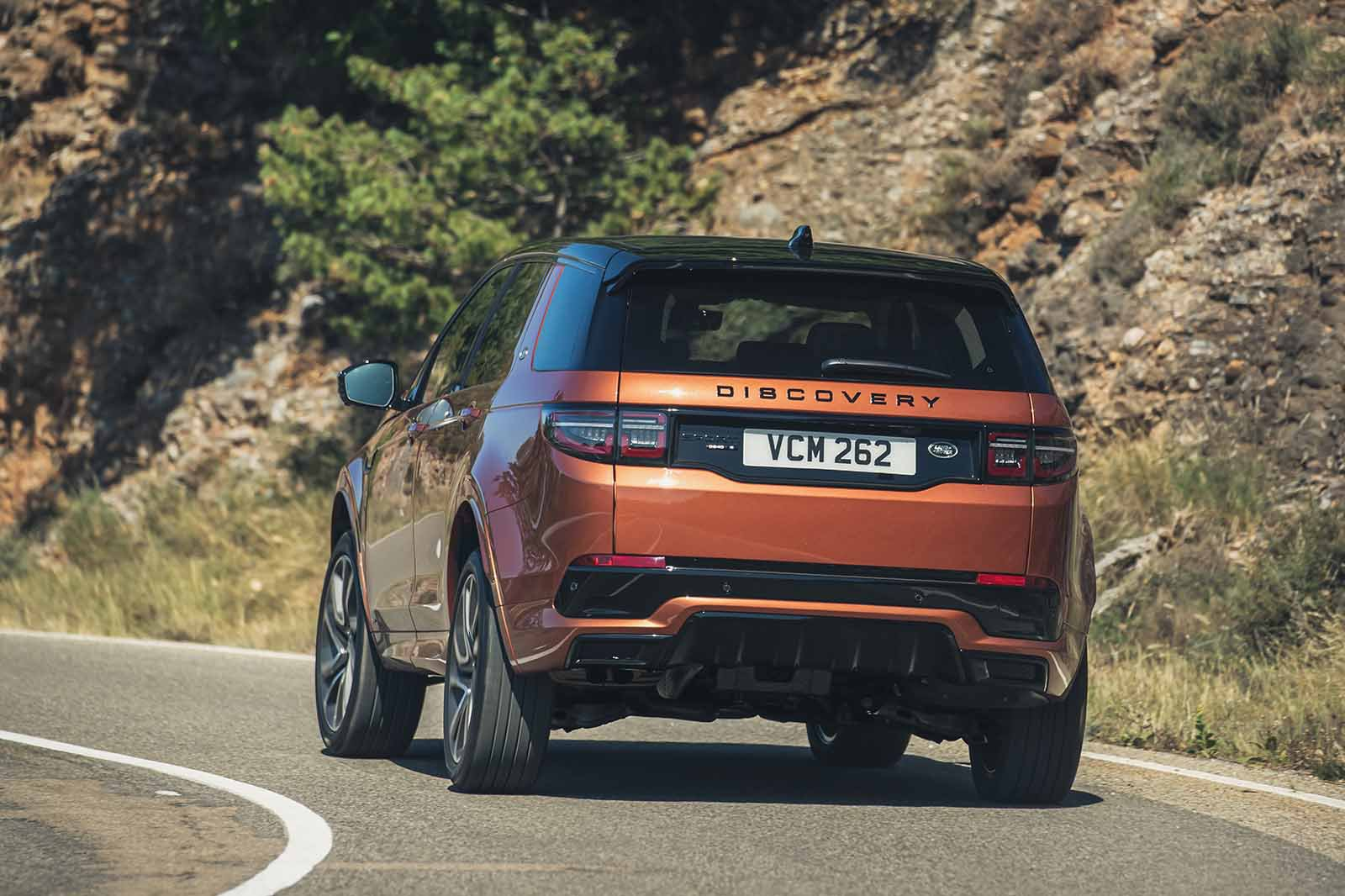 Land Rover Discovery Sport 2019 LHD rear cornering