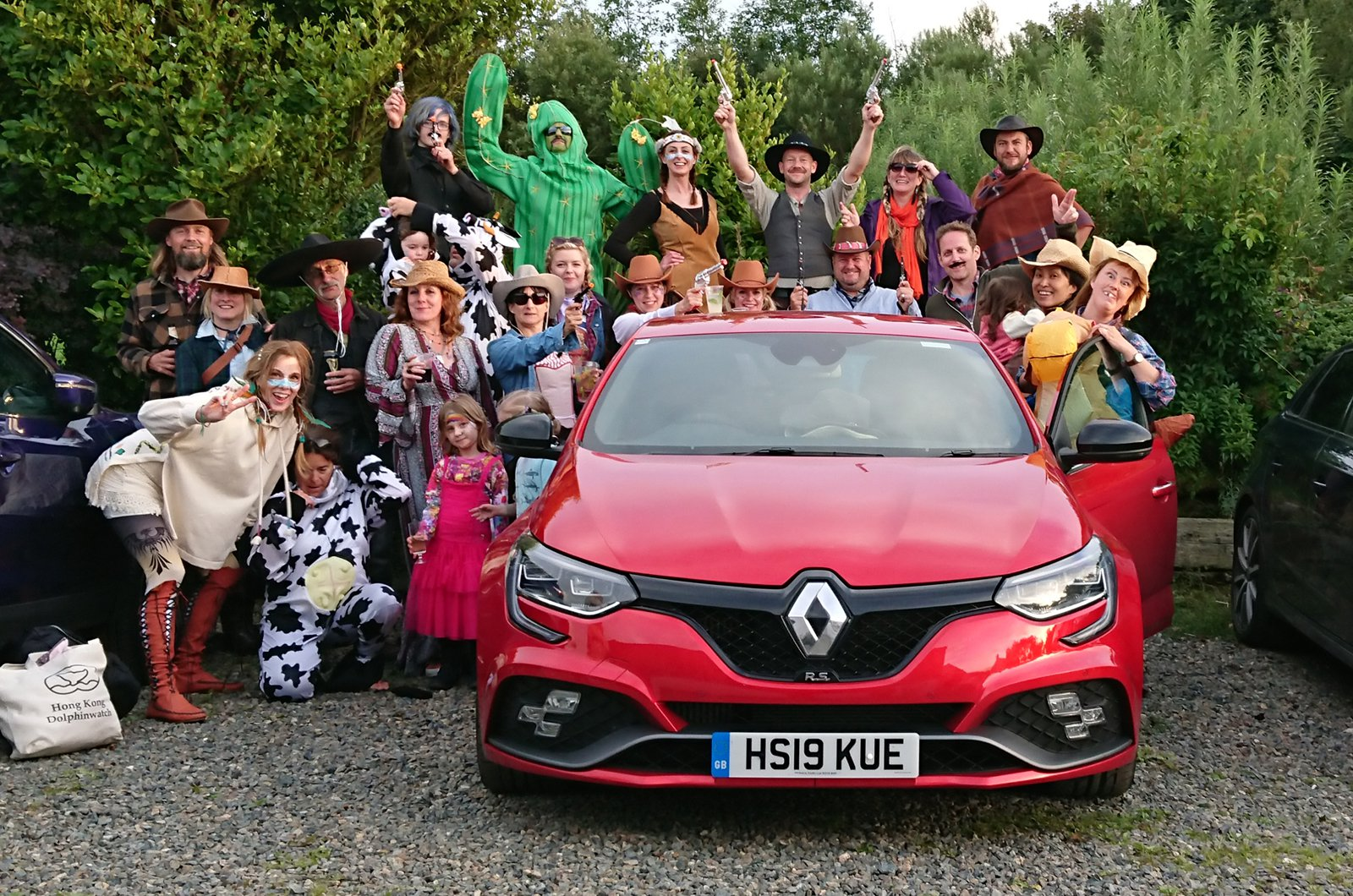 LT Renault Megane RS with people in fancy dress
