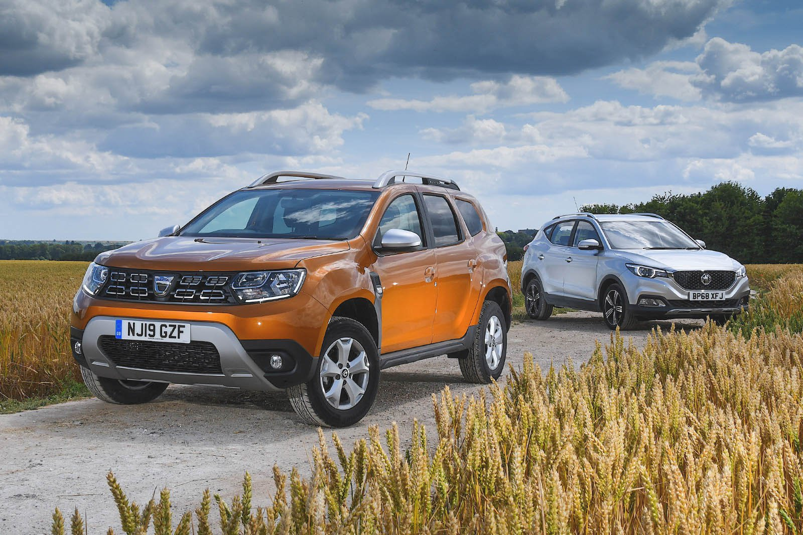 New MG ZS vs Dacia Duster