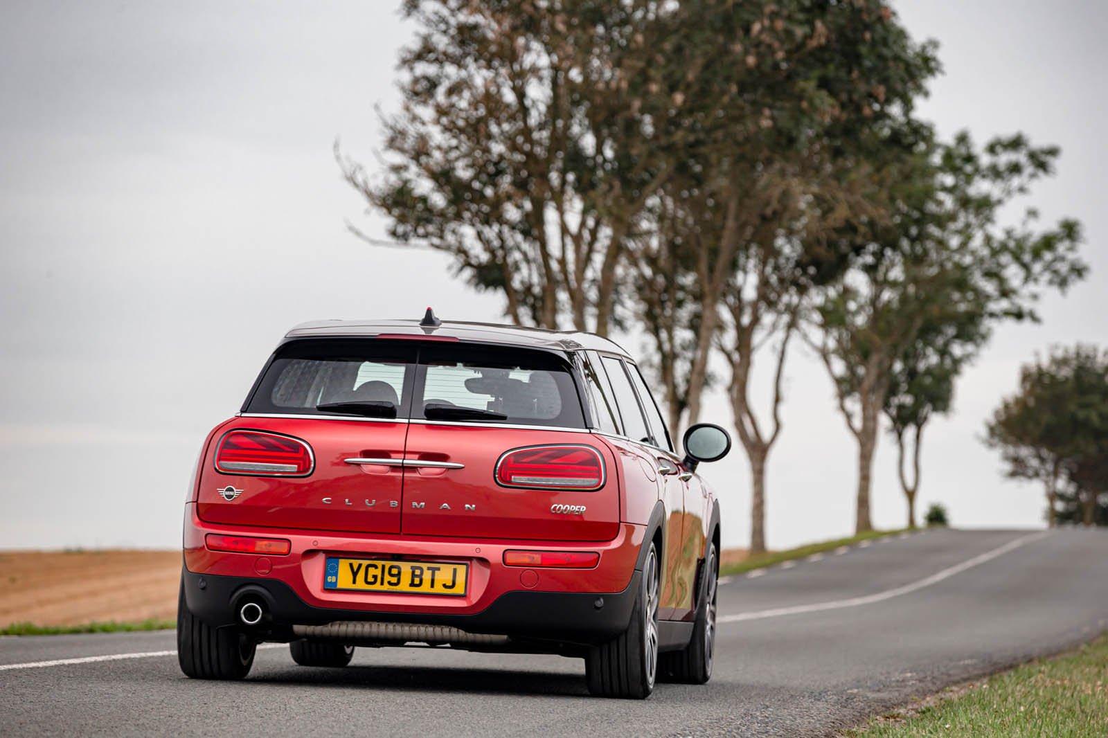 Mini Clubman 2019 rear tracking