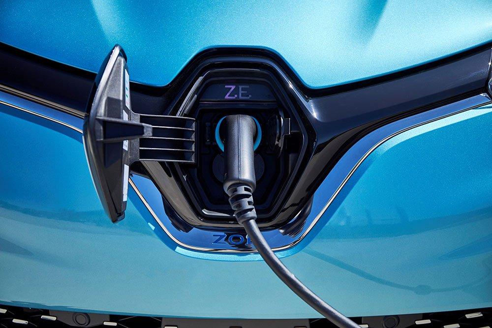2020 Renault Zoe charging