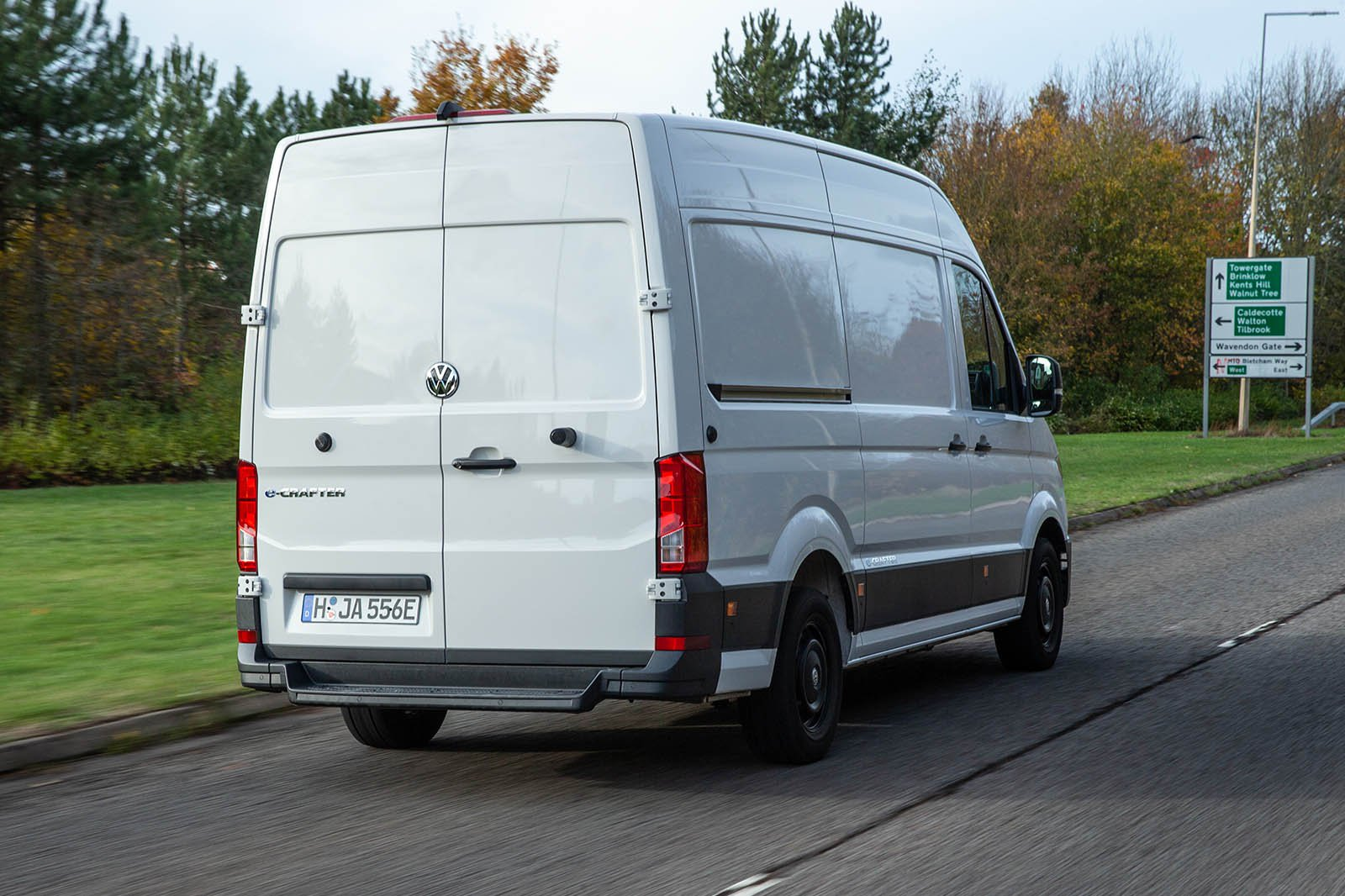 Volkswagen e-Crafter rear