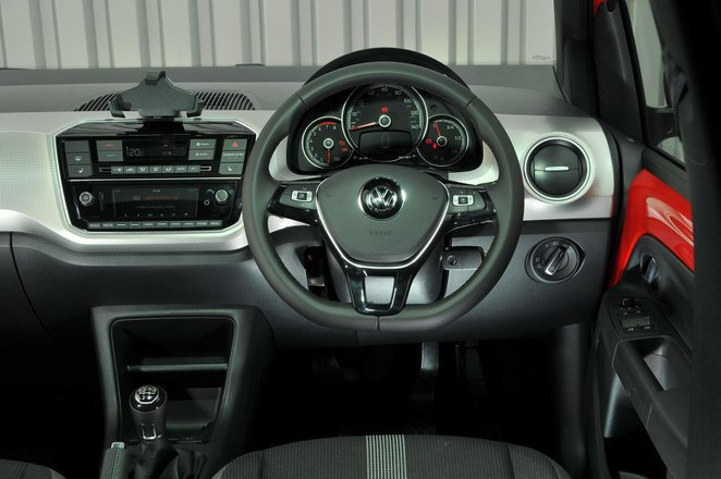 2018 Volkswagen 1.0 High Up ASG - interior