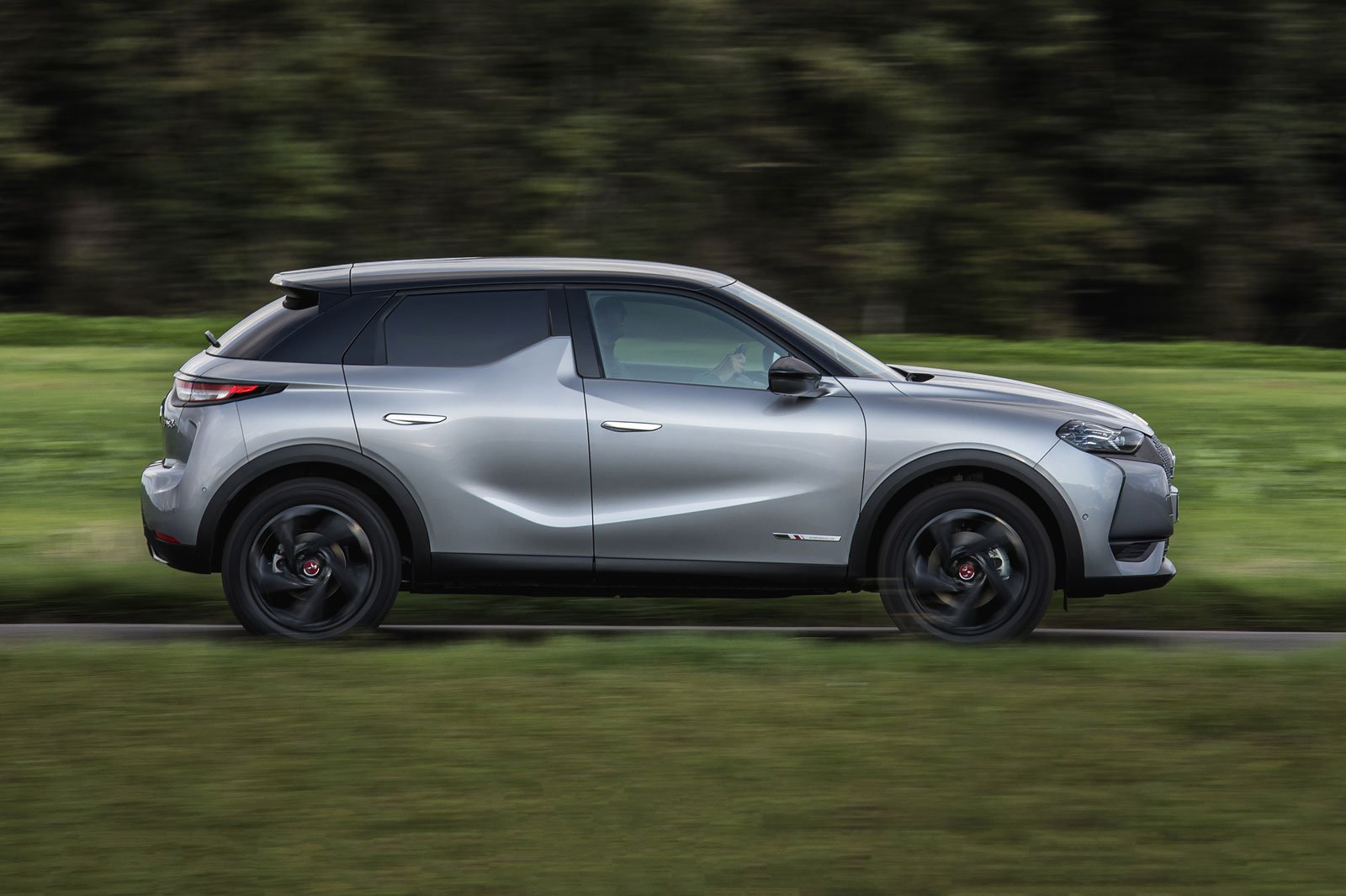 2019 DS 3 Crossback silver driving side profile