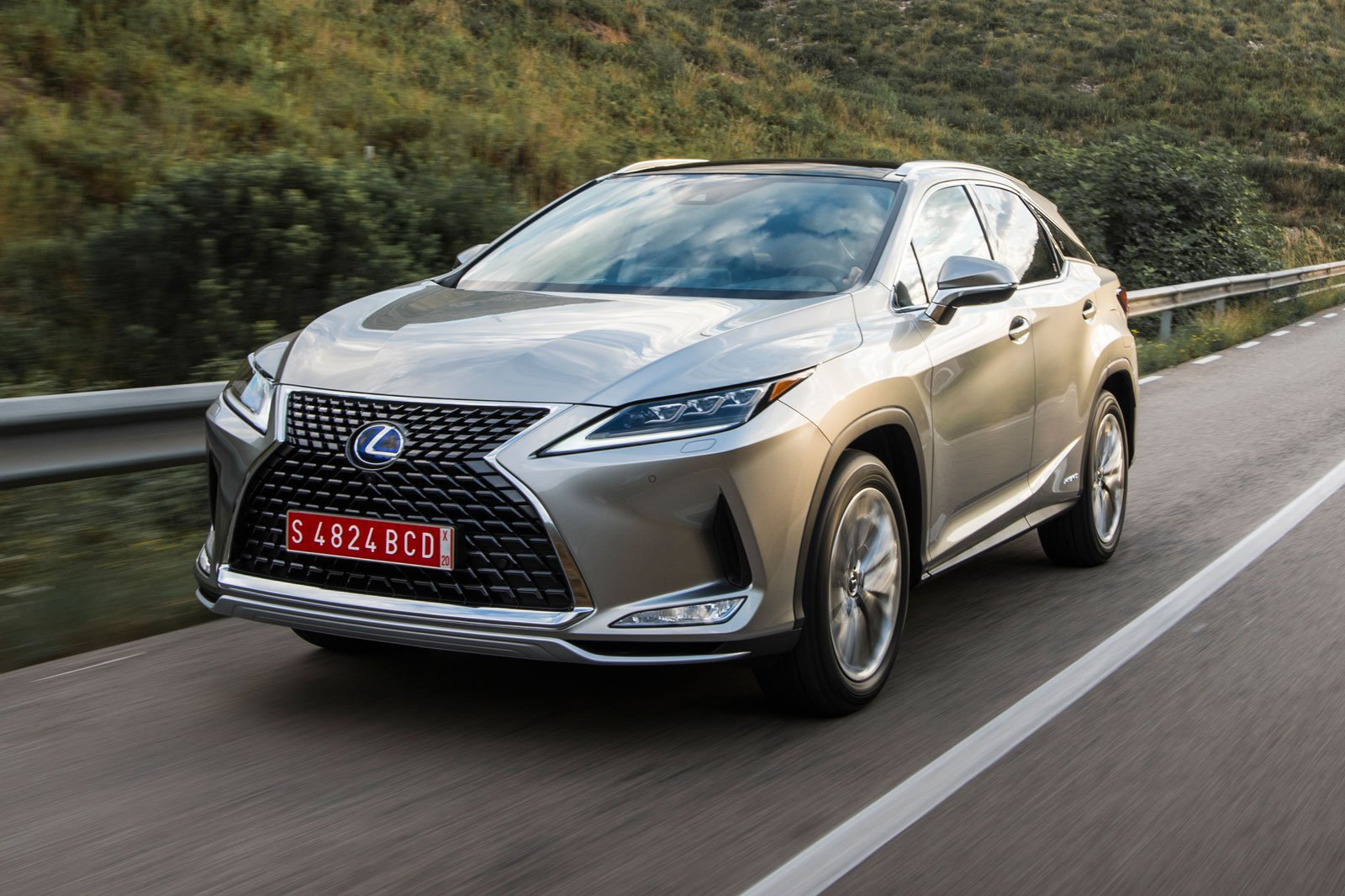 2020 Lexus RX silver front cropped
