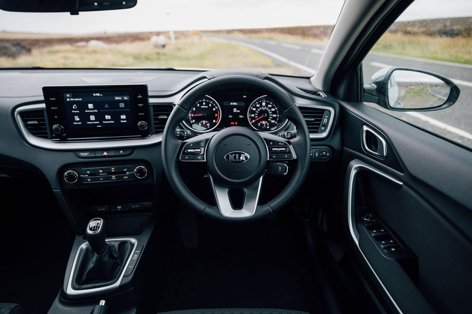 2019 kia xceed 2 interior dashboard