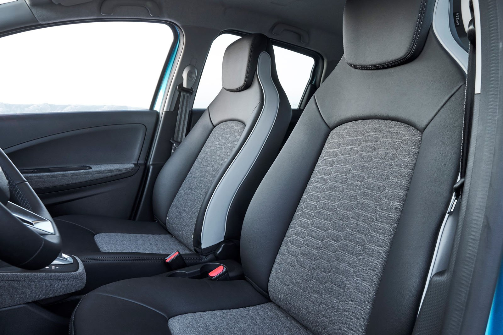 Renault Zoe 2019 LHD front seats