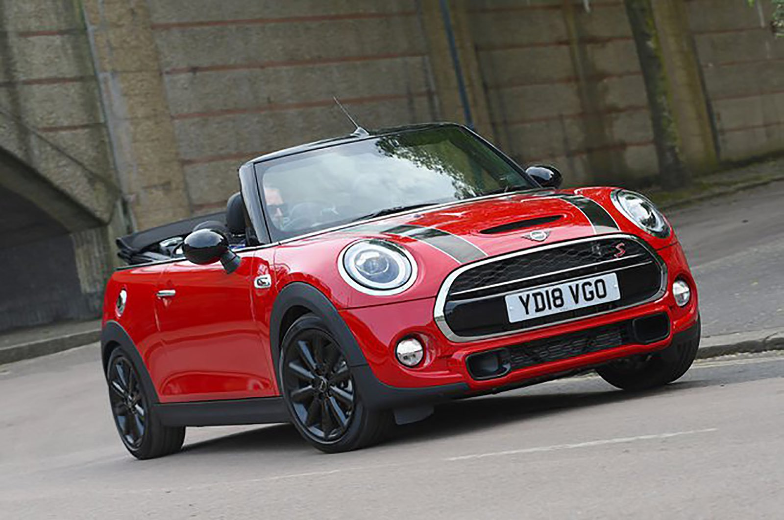 Mini Convertible front three quarters