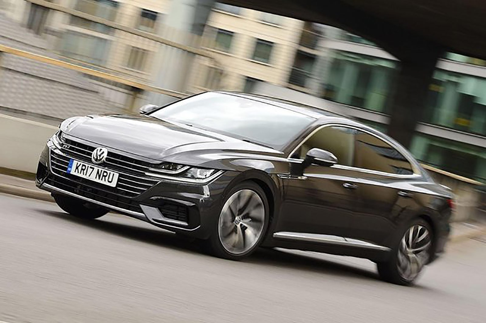 Volkswagen Arteon front three quarters