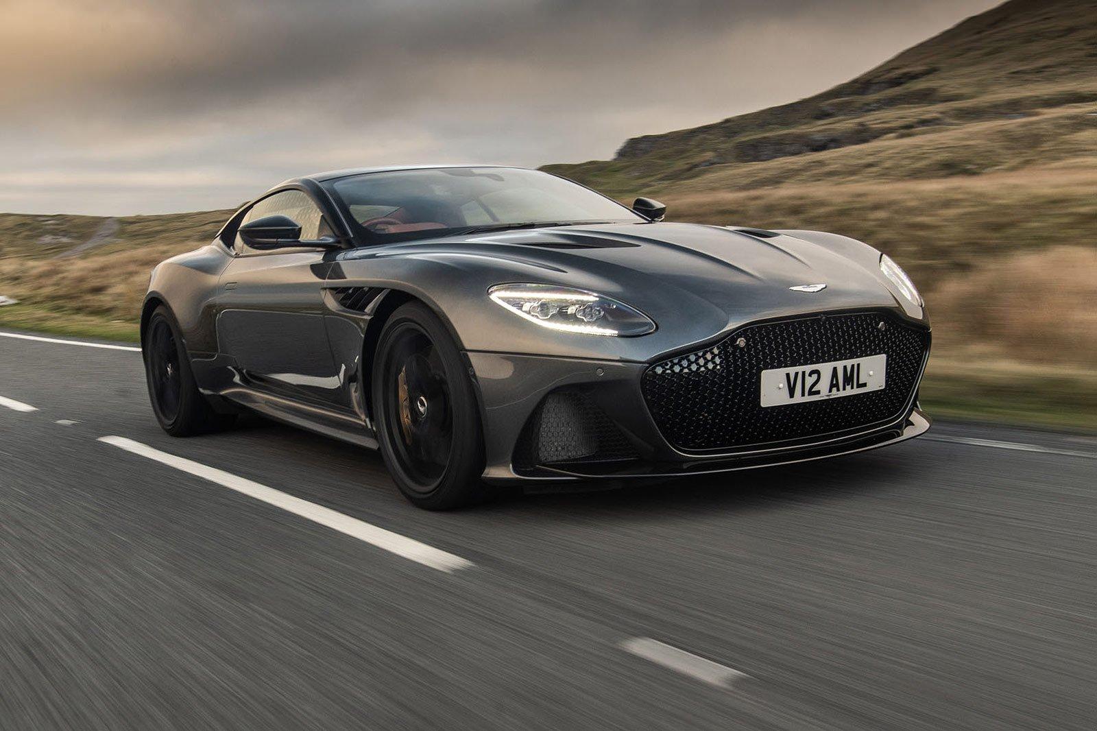 Aston Martin DBS/DBS Volante front three quarters