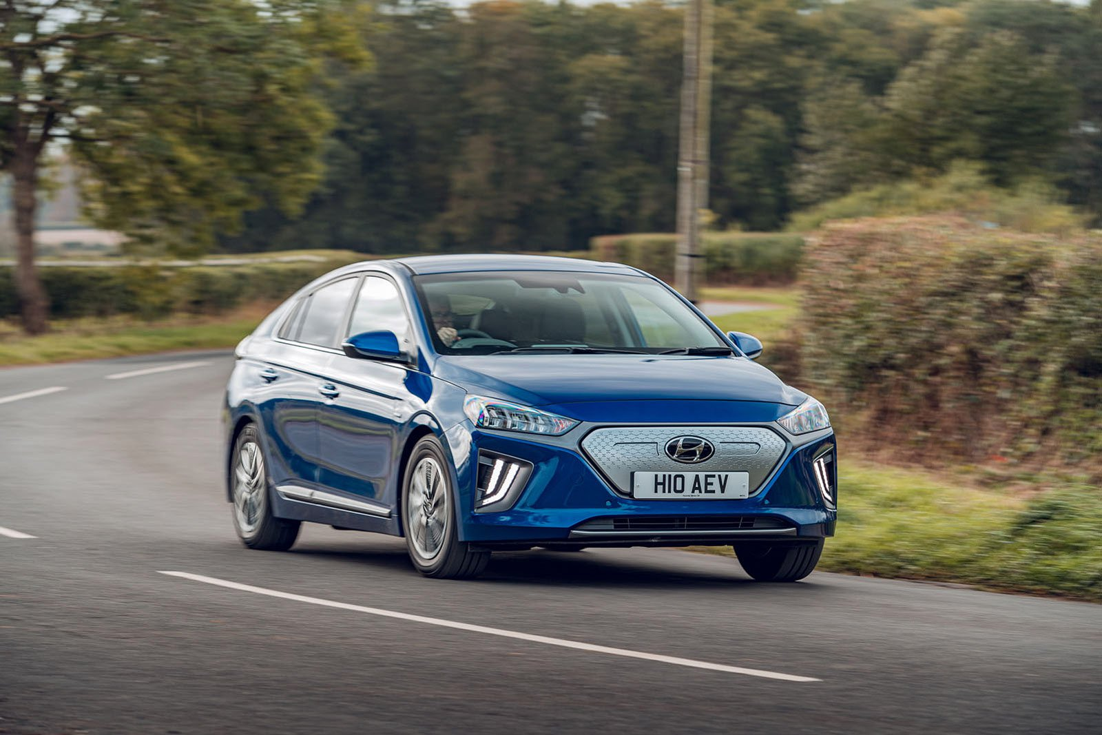 Hyundai Ioniq Electric front three quarters