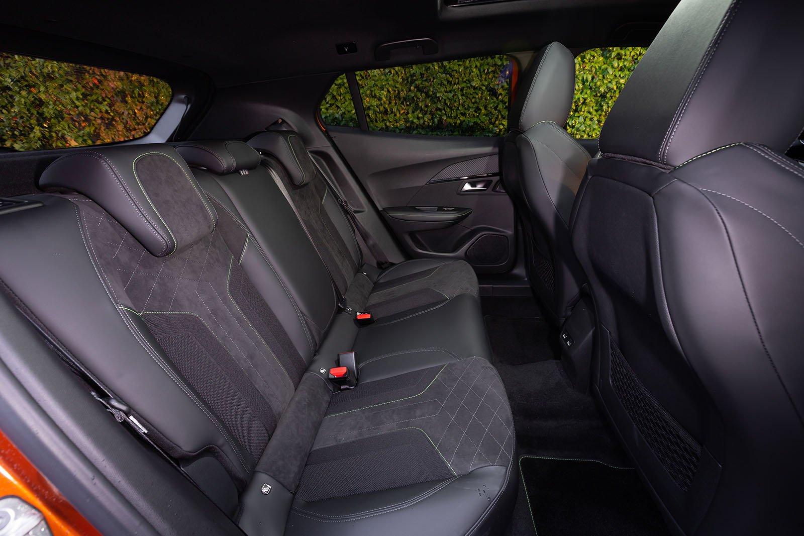 Peugeot 2008 2019 LHD rear seats