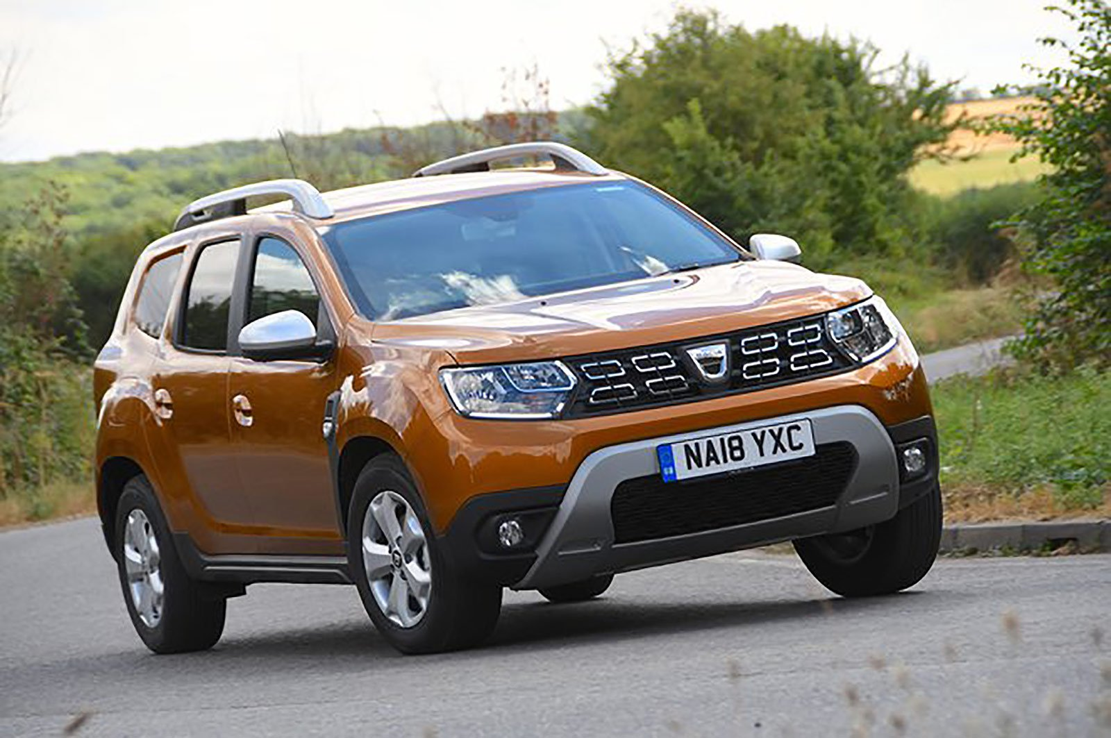 Dacia Duster front three quarters