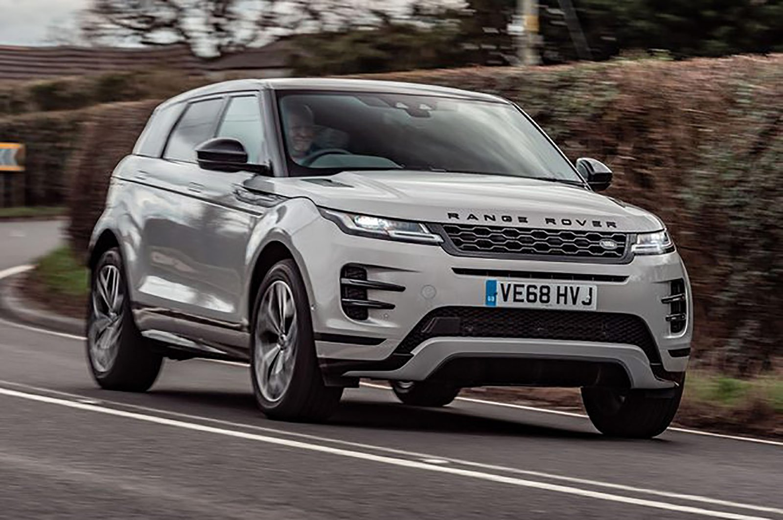 Range Rover Evoque front three quarters