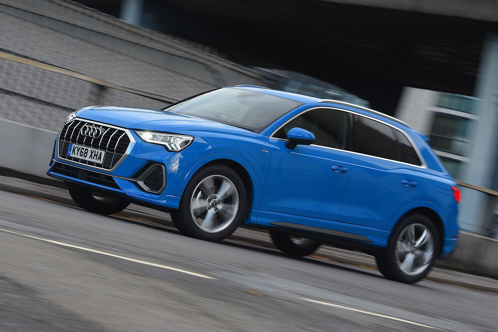 Audi Q3 35 TFSI Sport S tronic [Comfort and Sound Pack]