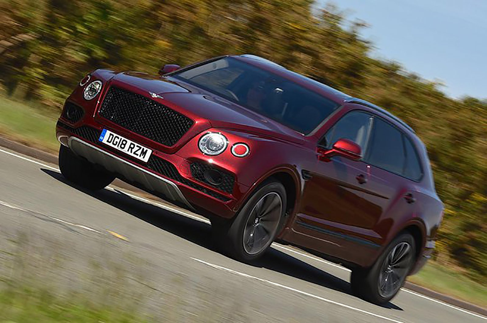 Bentley Bentayga front and side