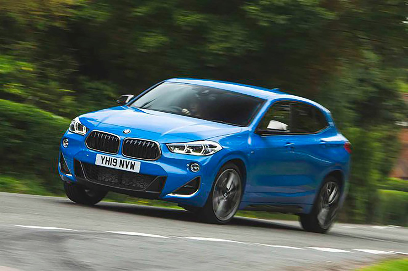 BMW X2 M35i front three quarters