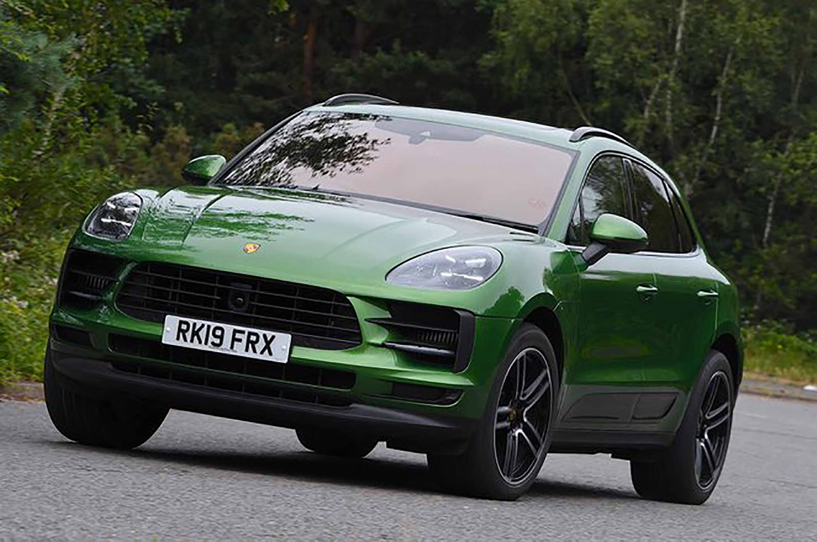 Porsche Macan front three quarters