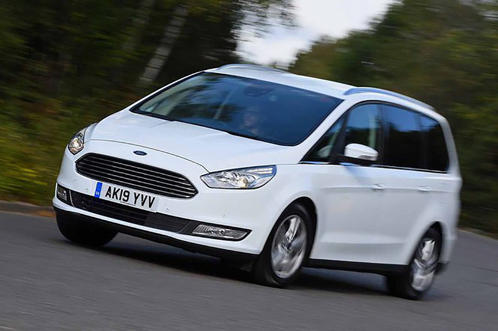 Ford Galaxy front three quarters