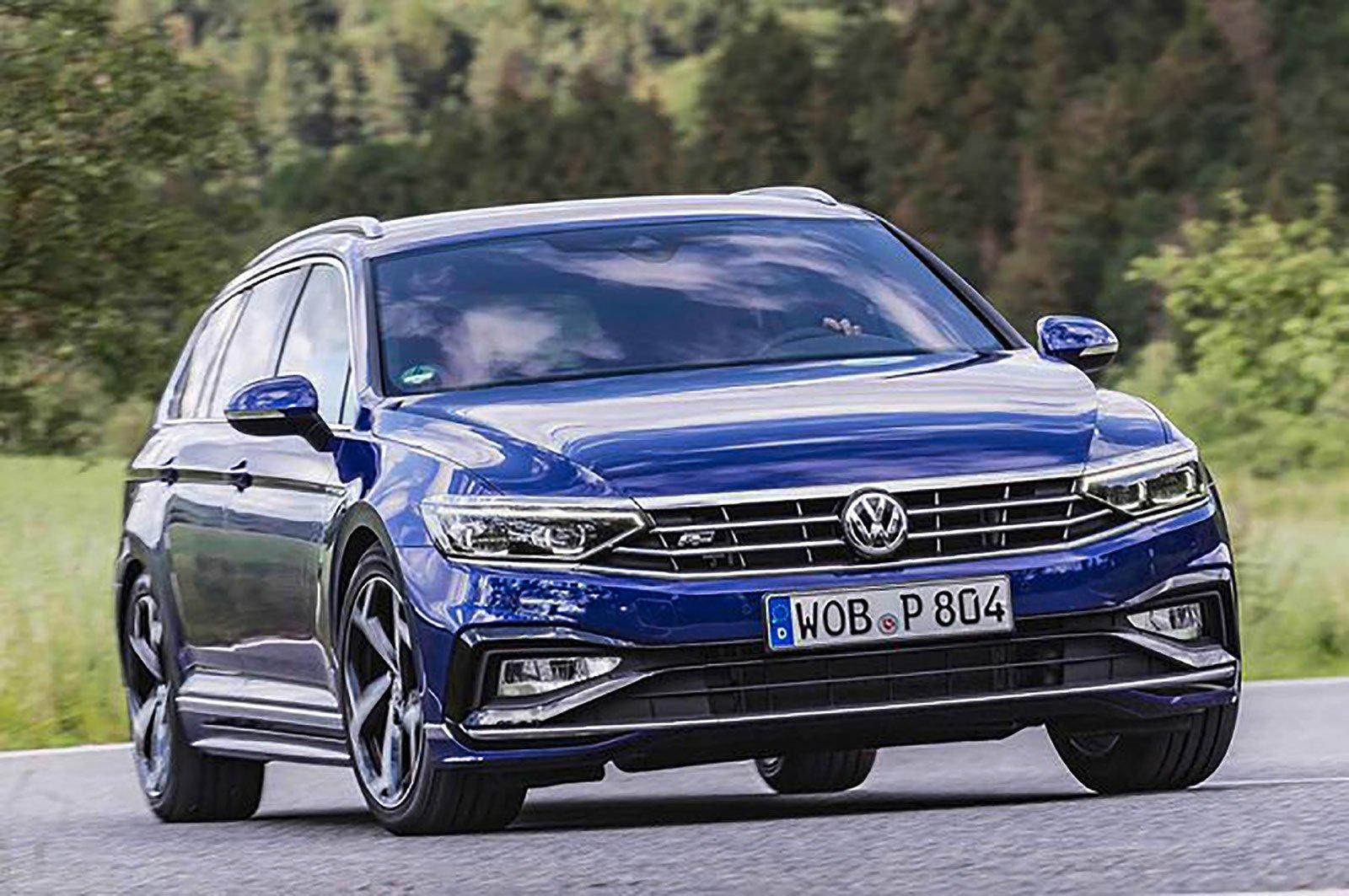 Volkswagen Passat Estate front