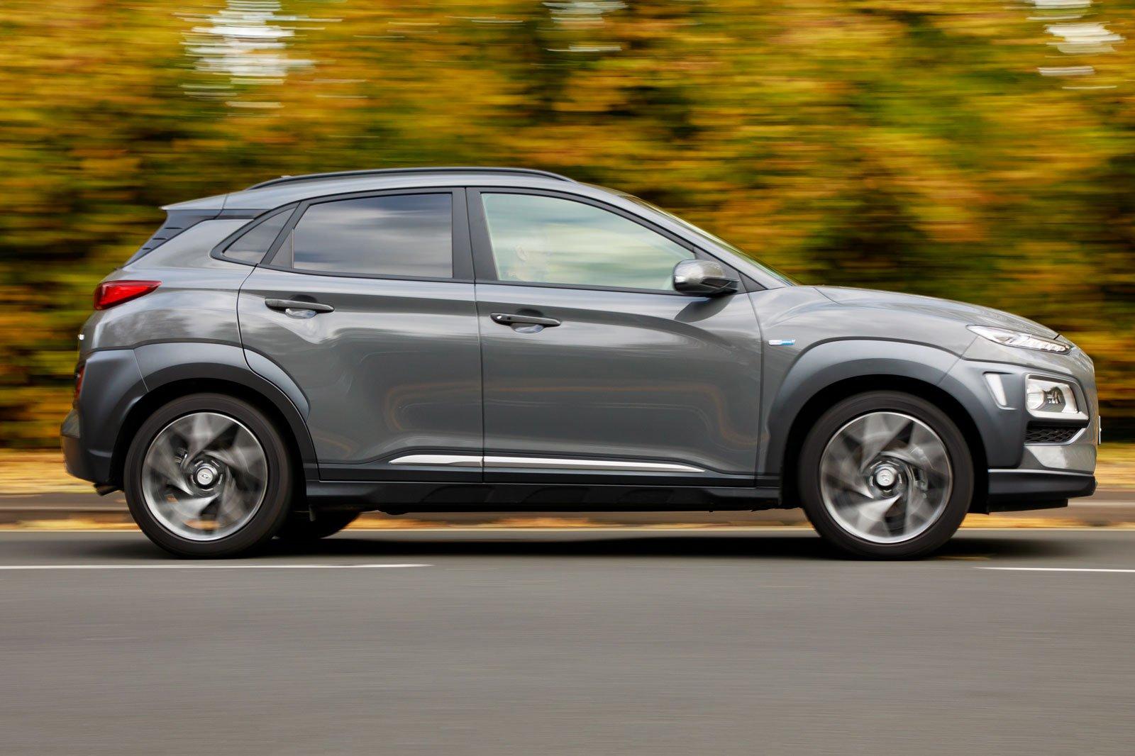 2019 hyundai kona hybrid gray driving side profile