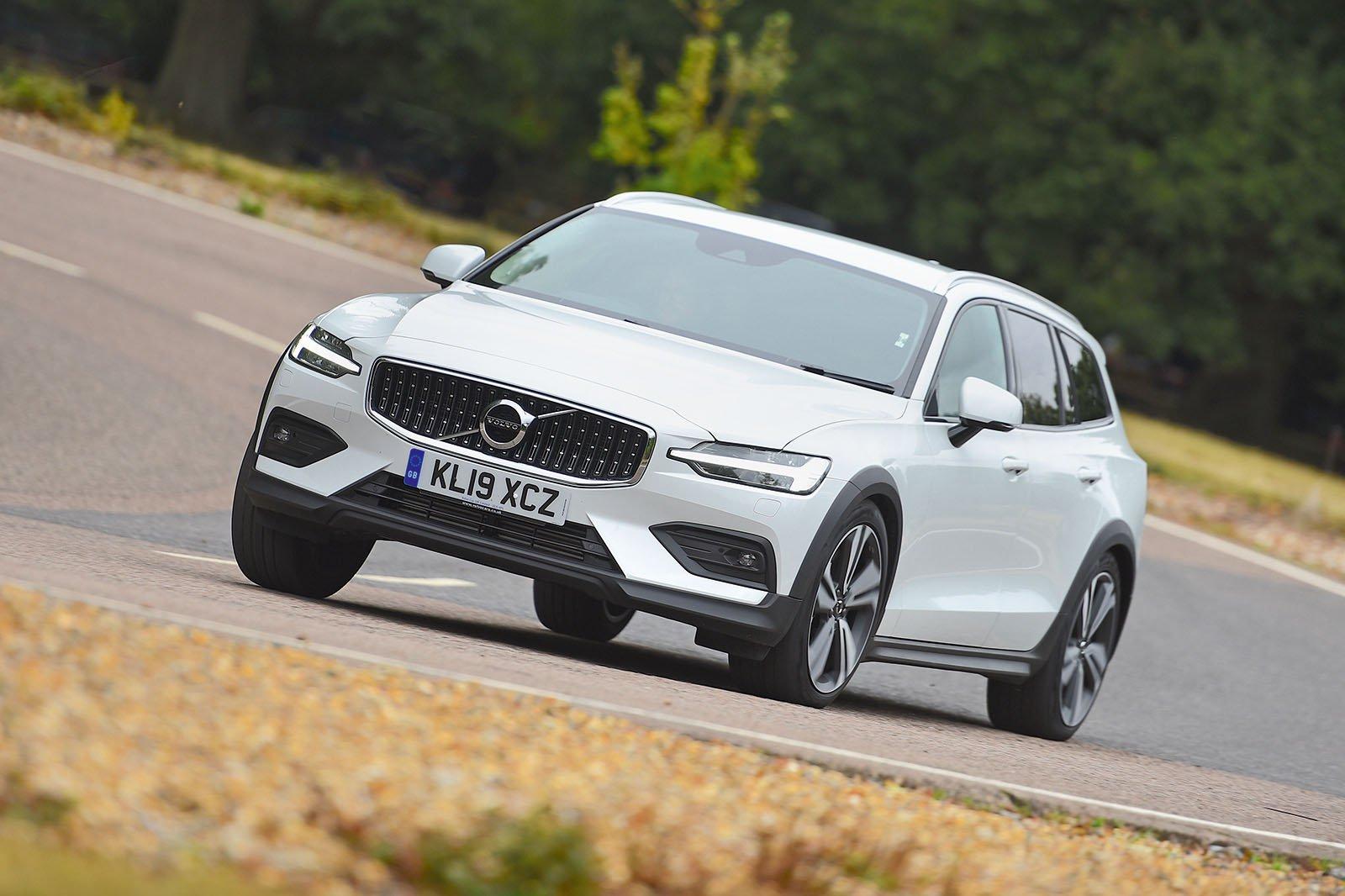 Volvo V60 driving