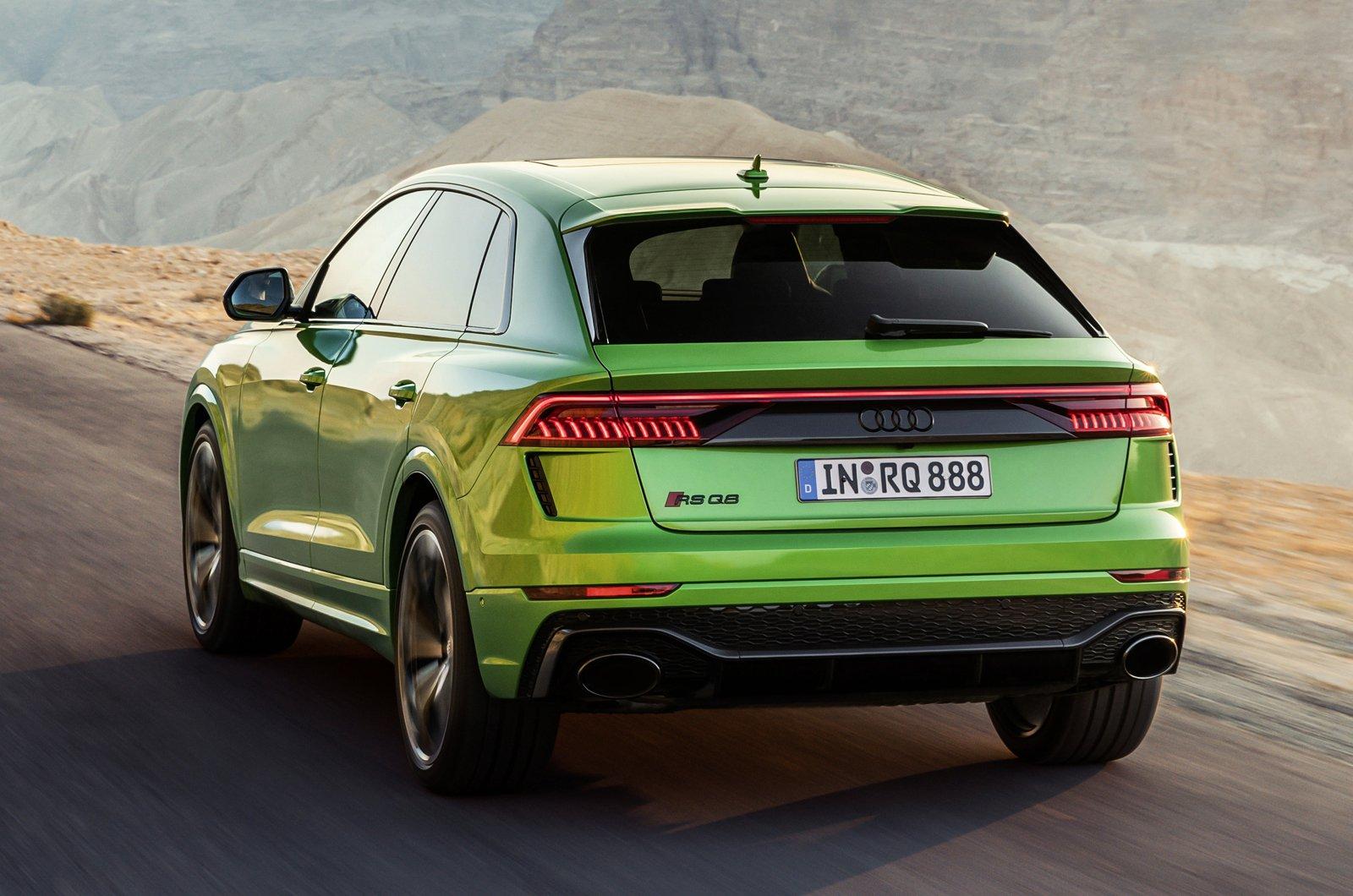 Audi RS Q8 green rear