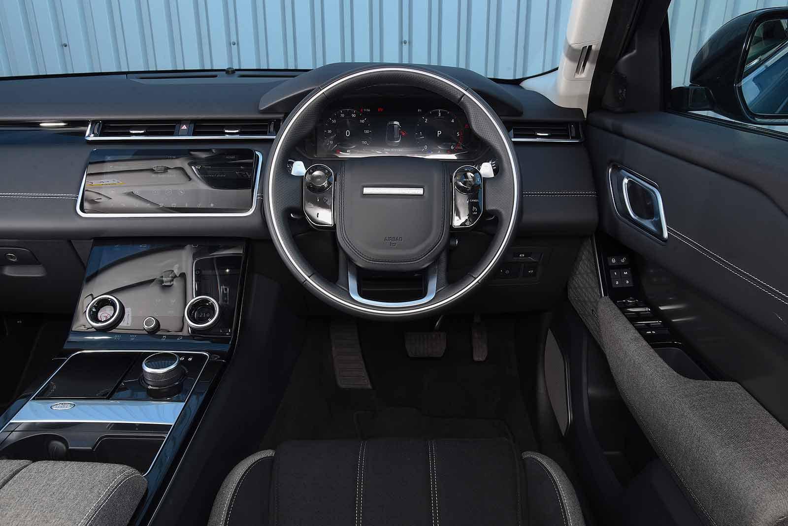 Land Rover Range Rover Velar 2019 RHD dashboard