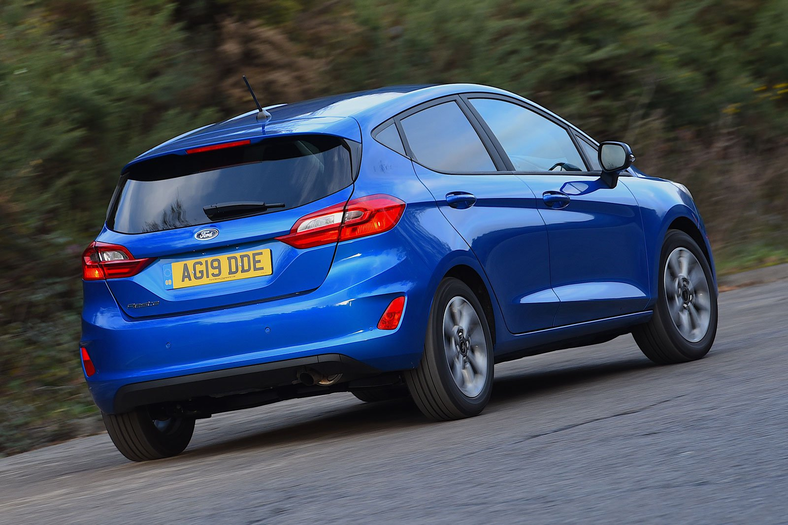 2019 ford fiesta trend blue rear cornering