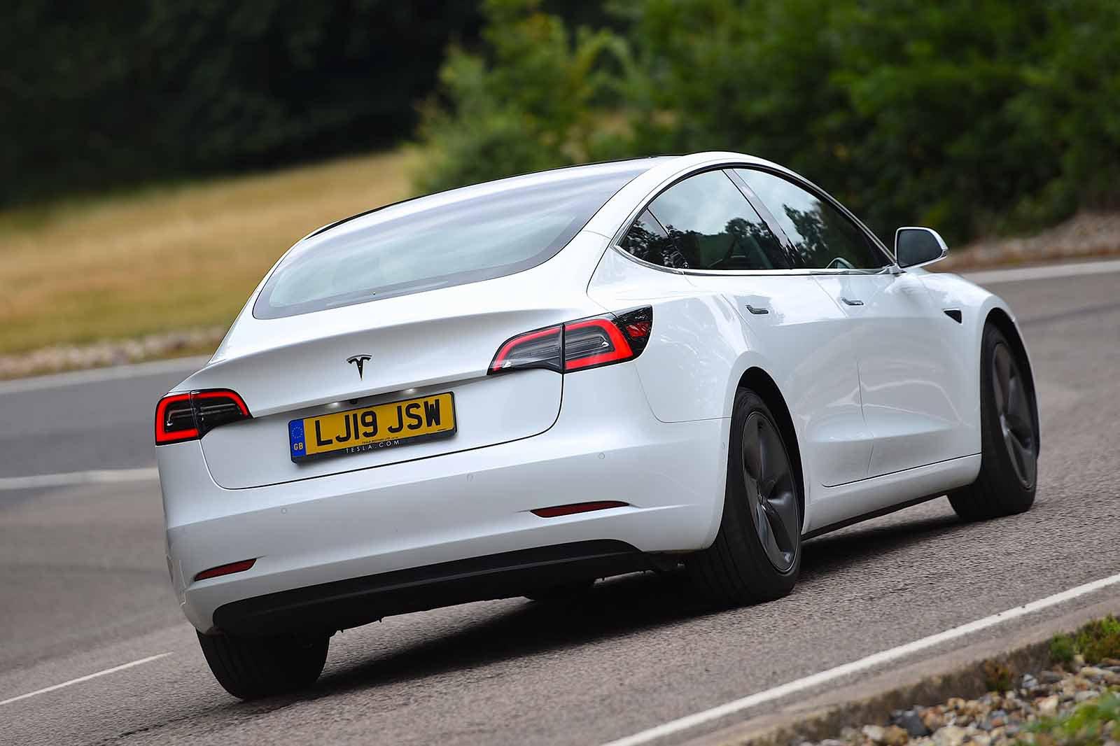 Tesla Model 3 2019 RHD rear cornering