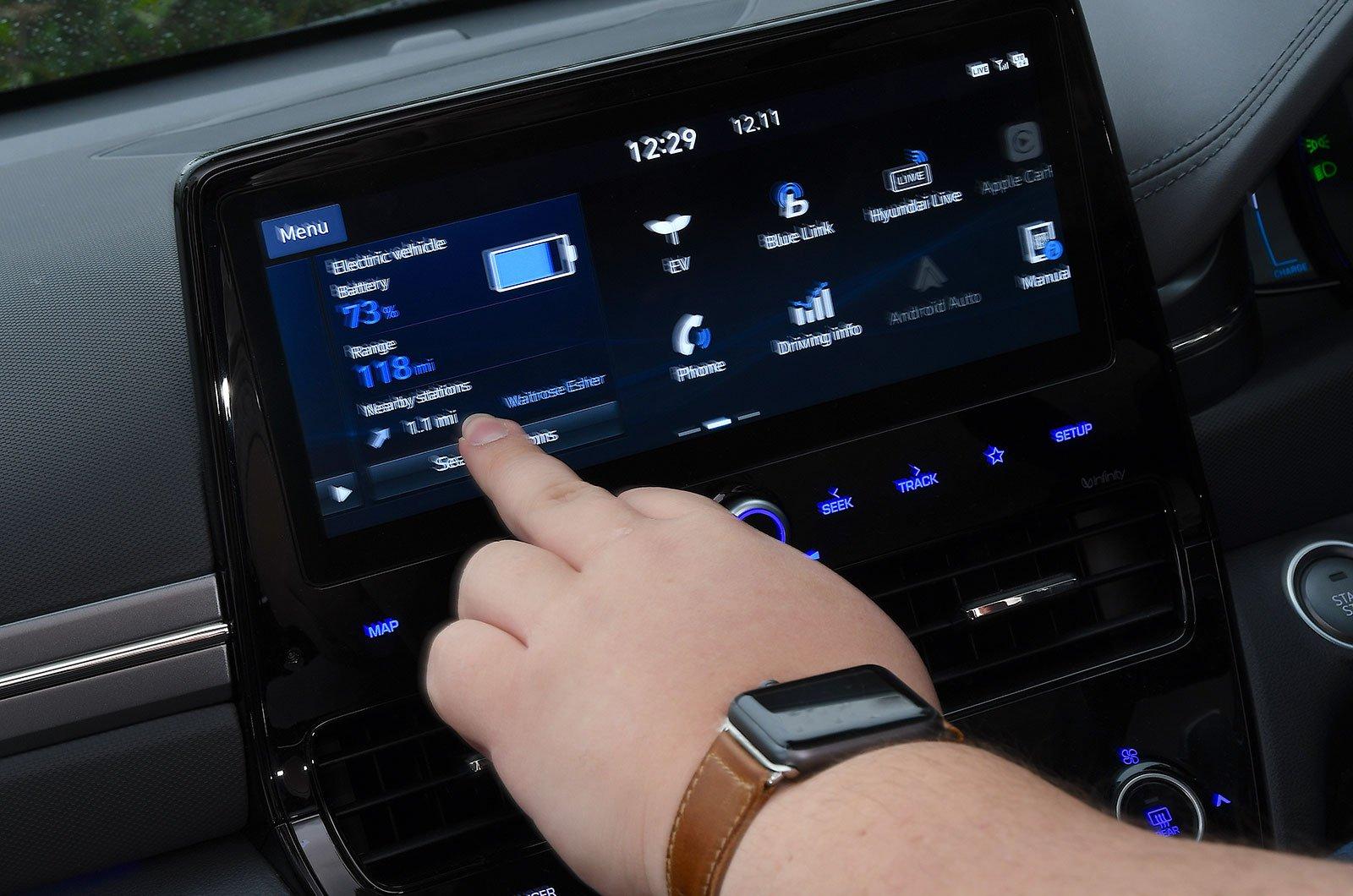 Hyundai Ioniq Electric infotainment screen