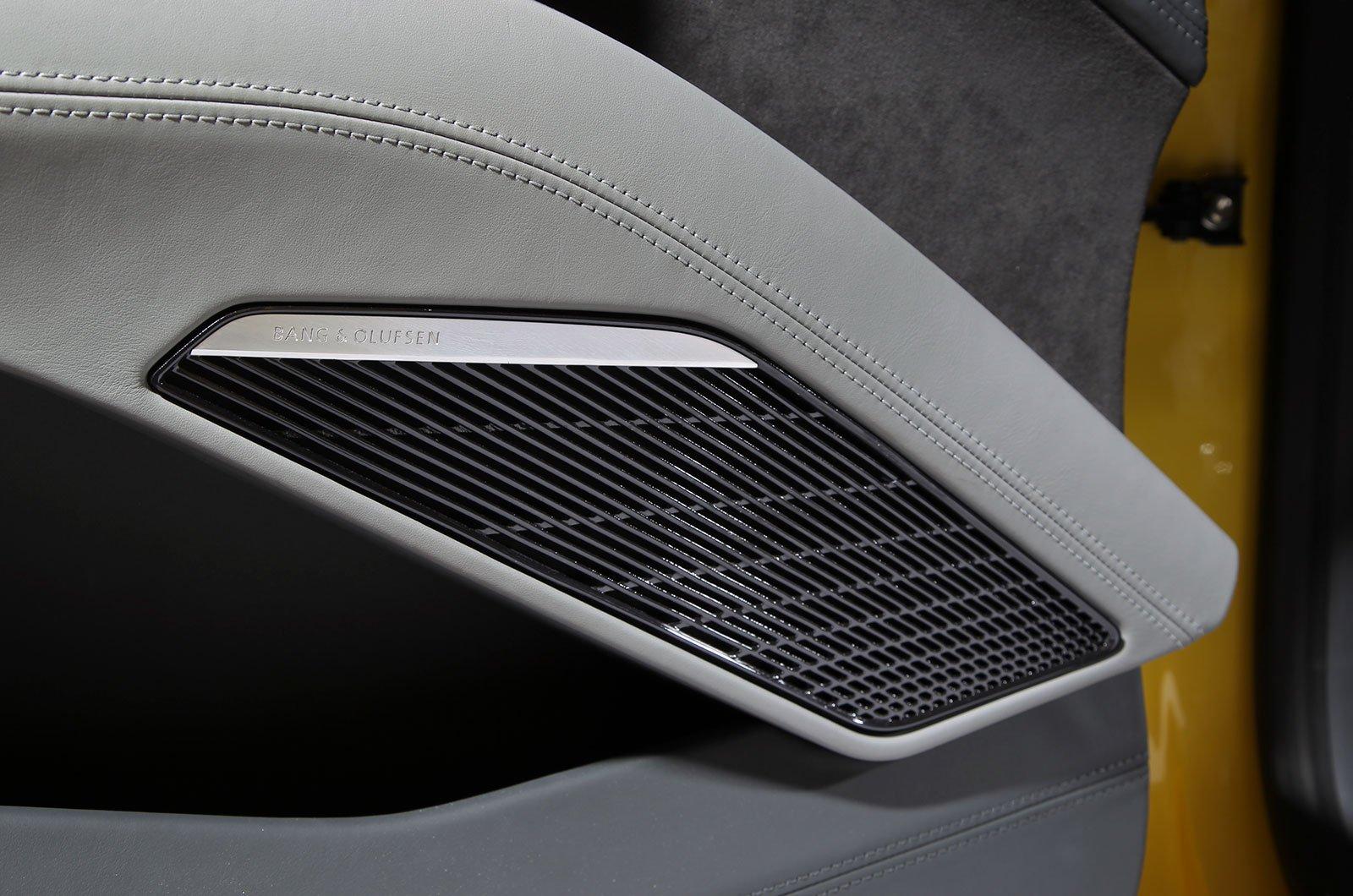 Audi TT Bang & Olufsen stereo