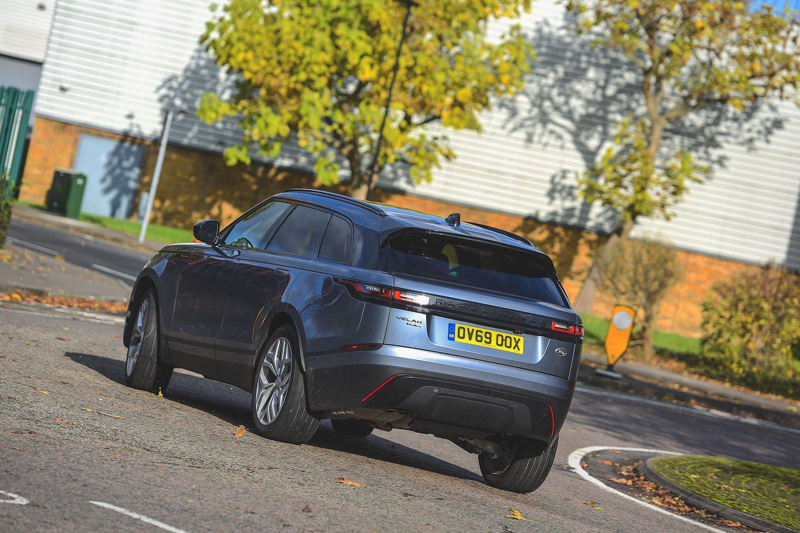 2019 Range Rover Velar D180 R-Dynamic SE rear three-quarters