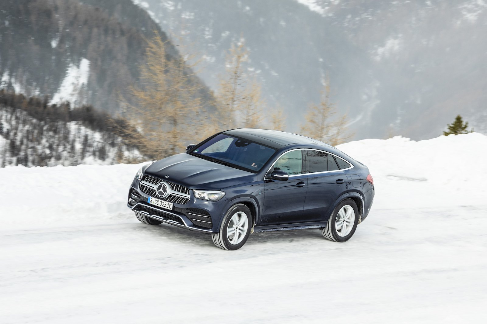 2020 Mercedes GLE Coupe side